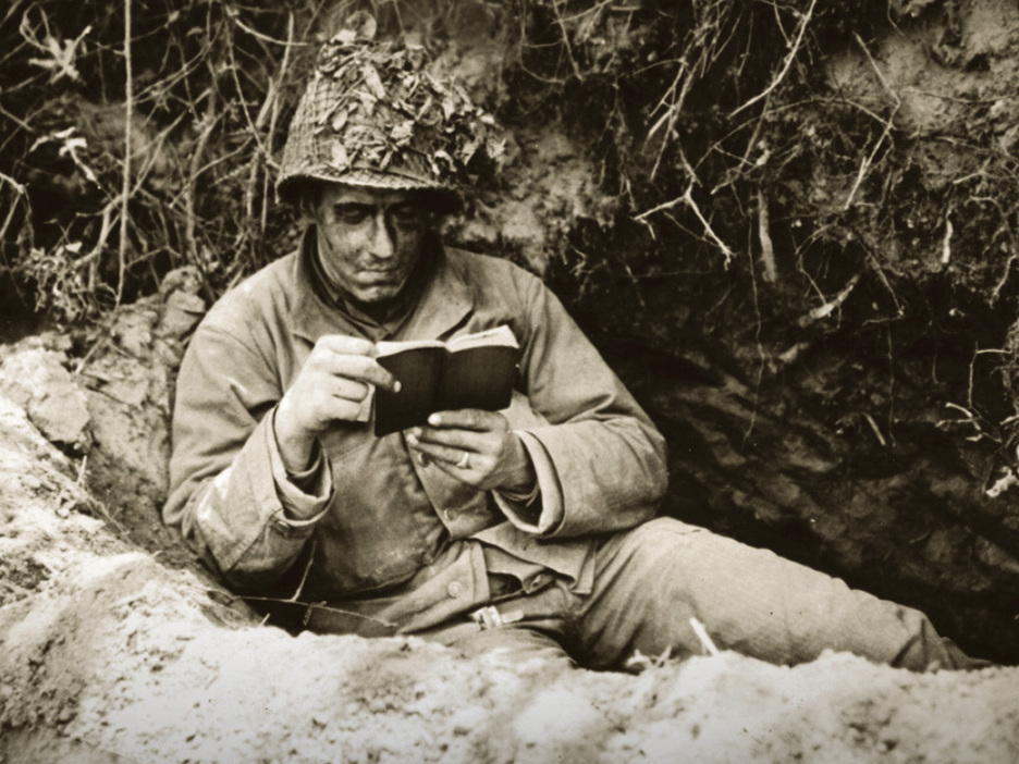Wwii by the books the pocket size editions that kept soldiers reading