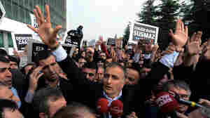Turkey Launches Crackdown On Government Critics