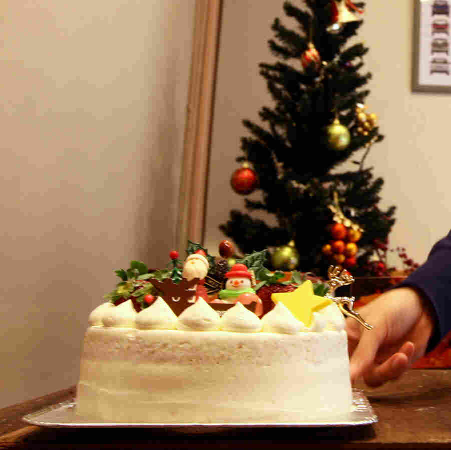Japan's Beloved Christmas Cake Isn't About Christmas At All