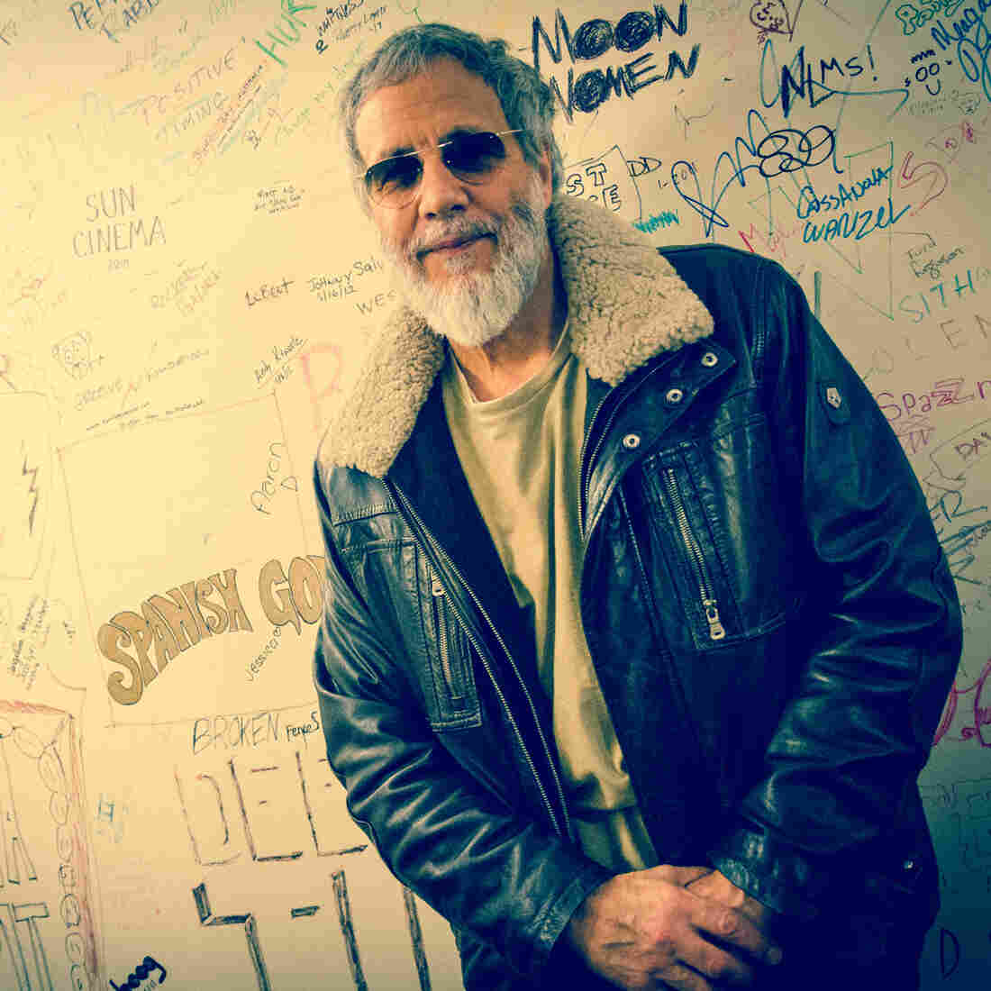 stevens muslim Stevens/islam's comments caused a backlash at the time the pop group 10,000 maniacs deleted the cat stevens song peace train, .