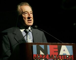Buddy DeFranco accepted the National Endowment for the Arts Jazz Masters award in 2006.