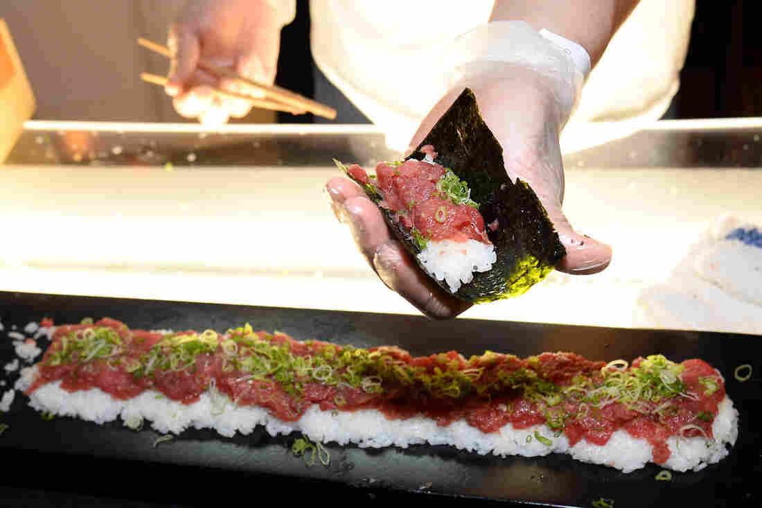 Bluefin tuna sushi - photo#5