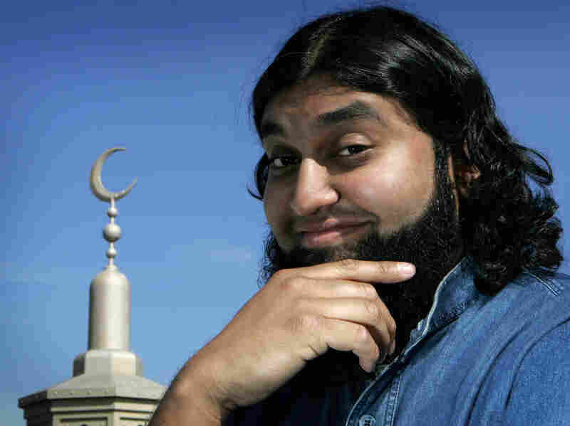 Chicago comic Azhar Usman's comedy heroes include George Carlin and a 13th-century Sufi saint named Mullah Nasreddin.