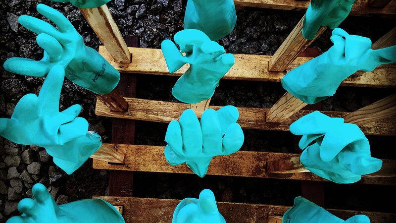 ebola-gloves1_wide-c9894f65a9f606351a9c6