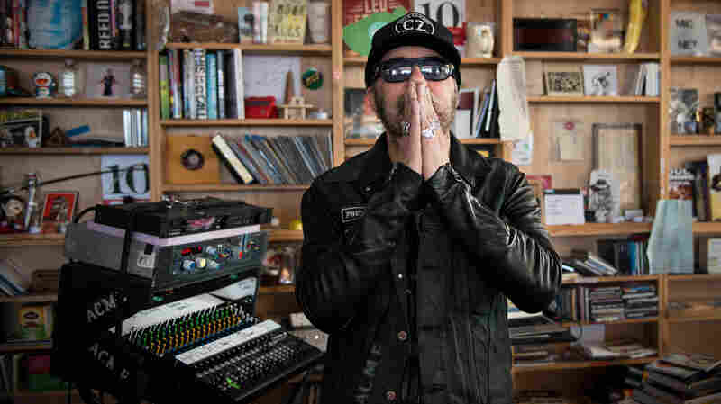 Daniel Lanois: Tiny Desk Concert