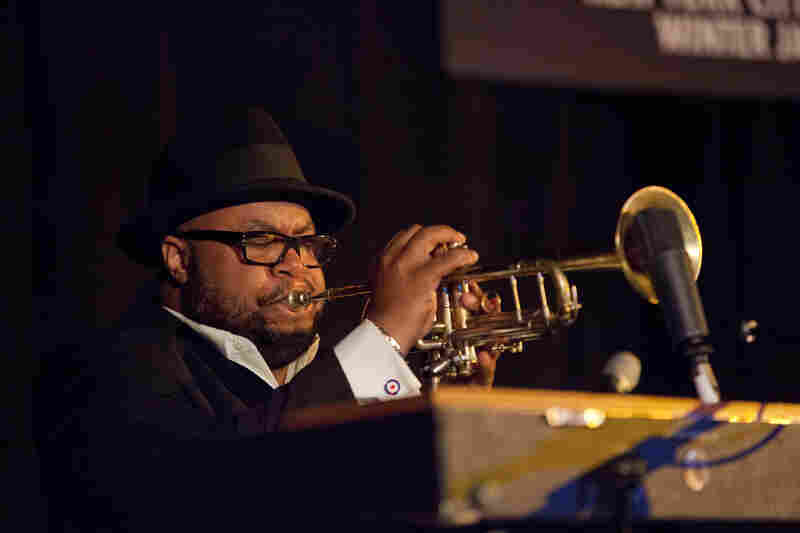Nicholas Payton's trio featured the trumpeter doubling on electric piano — sometimes while he played the trumpet.