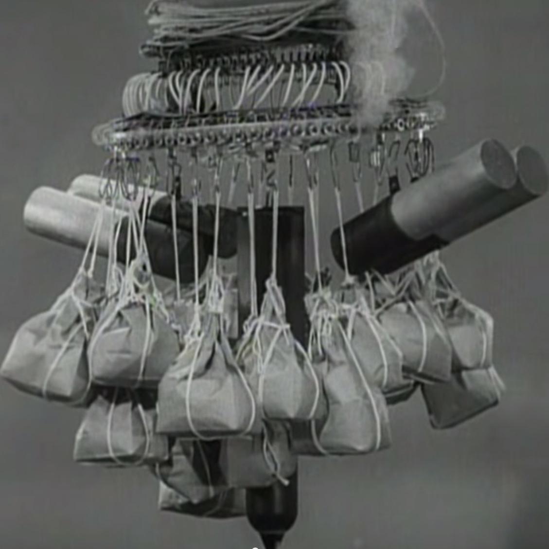 Amazon.com: Japan's World War II Balloon Bomb Attacks on North ... | 1129x1129