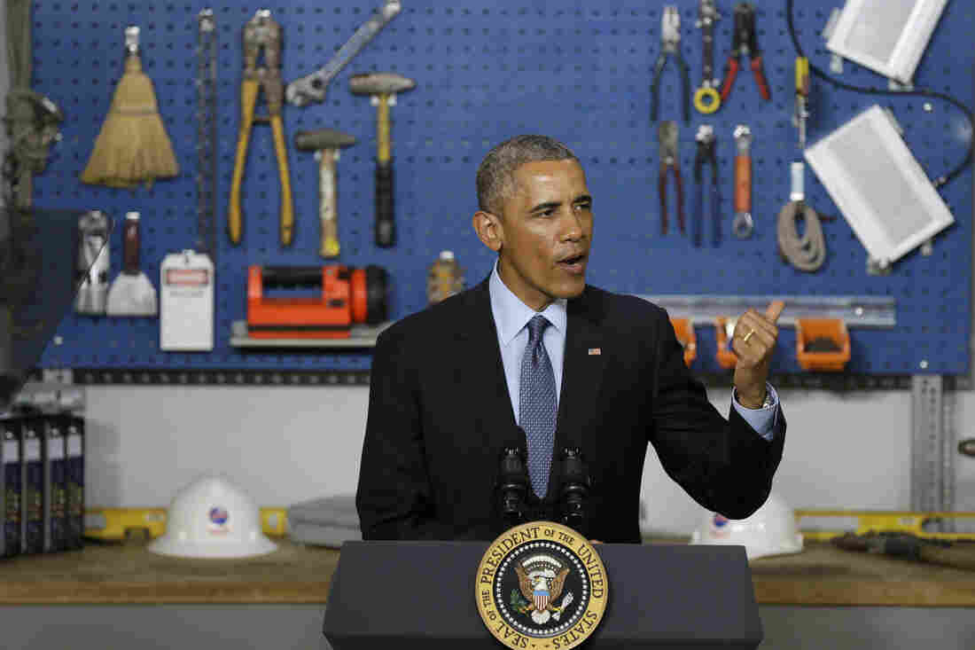 President Obama speaks at Cedar Falls Utilities in Cedar Falls, Iowa, on Wednesday. He encouraged the Federal Communications Commission to pre-empt state laws that stifle competition for high-speed Internet service.