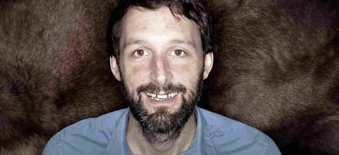 Scottish folksinger Alasdair Roberts will release a new self-titled album on Jan. 27.