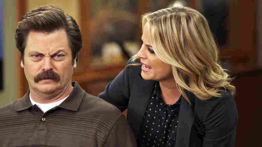 Nick Offerman and Amy Poehler play the platonic friends at the very beating heart of Parks And Recreation.
