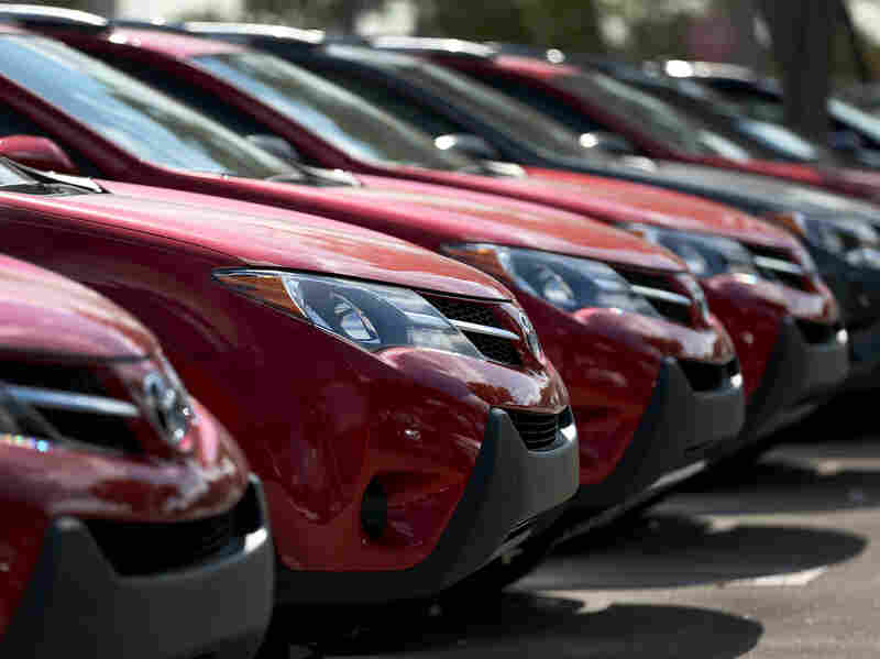 Auto dealers are extending loans to a growing number of people with weak credit.