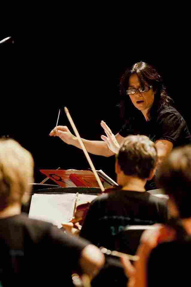Lisa Pimentel leads her orchestra class at Oakwood Elementary School in North Hollywood, Calif.