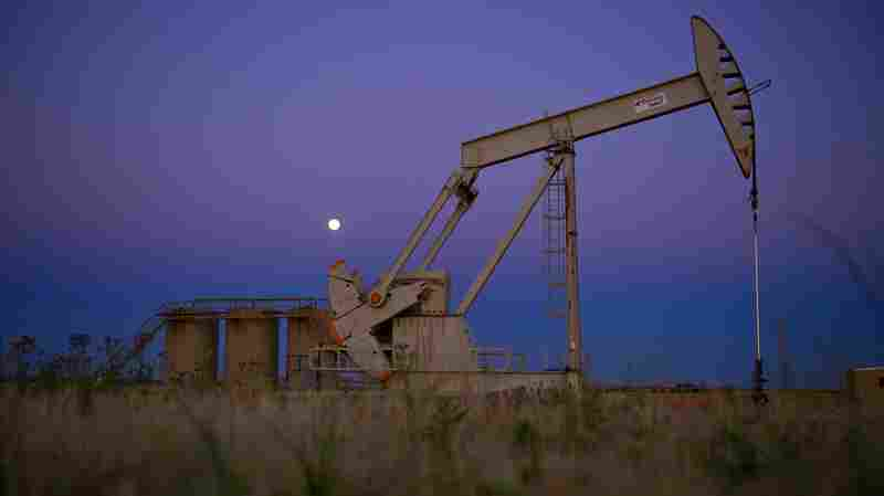 An oil well near Tioga, North Dakota.