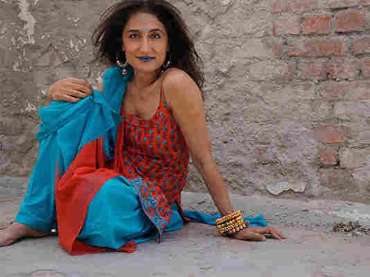 Indo-Canadian singer Kiran Ahluwalia.