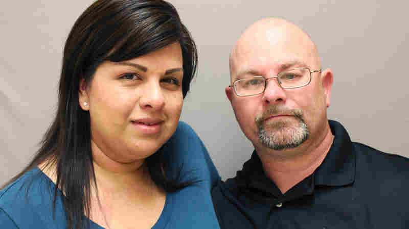 Stefanie Pelkey, left, and T.J. Hart met while volunteering at a veterans center in Houston.