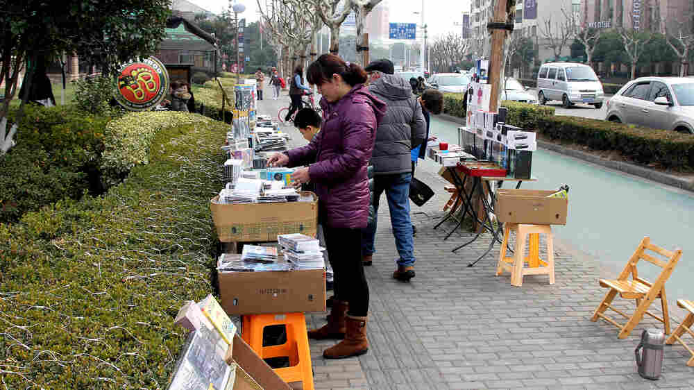 The Oscar Nominees Are In; The Shanghai DVD Sellers Are Stocking Up