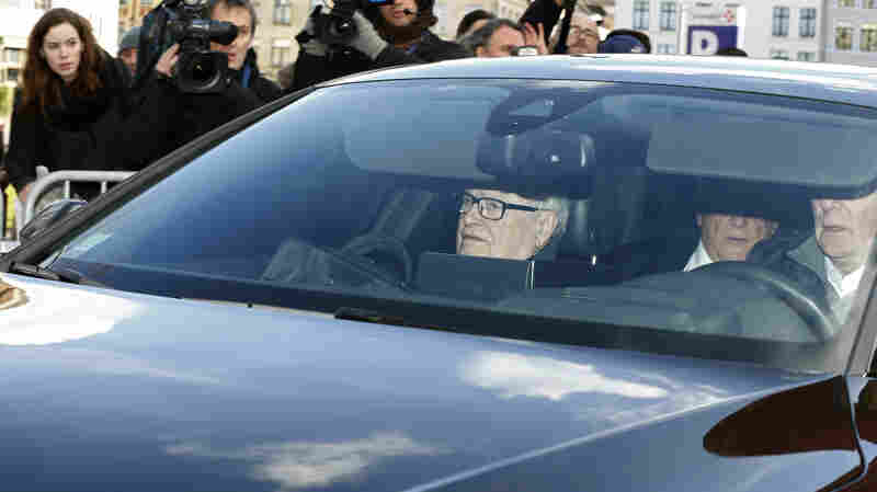 Ex-IMF Chief Strauss-Kahn's Prostitution Ring Trial Begins