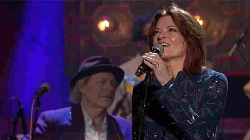Rosanne Cash, 'A Feather's Not A Bird' (Live)