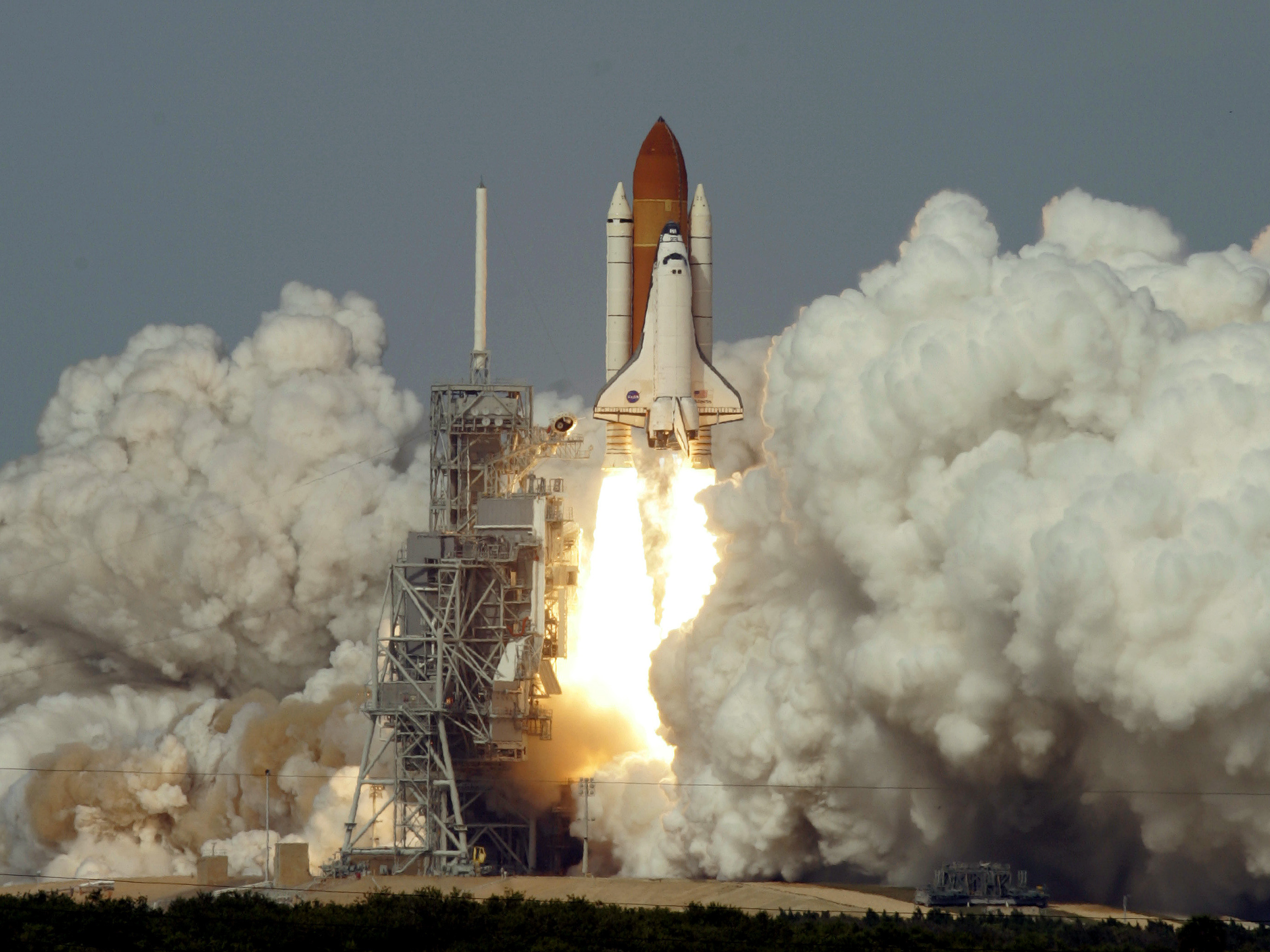 nasas space shuttle rises from the dead to power new - HD 2754×2065