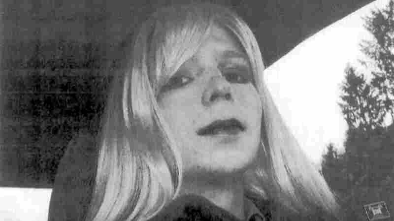 Chelsea Manning To Be 'Guardian' Columnist
