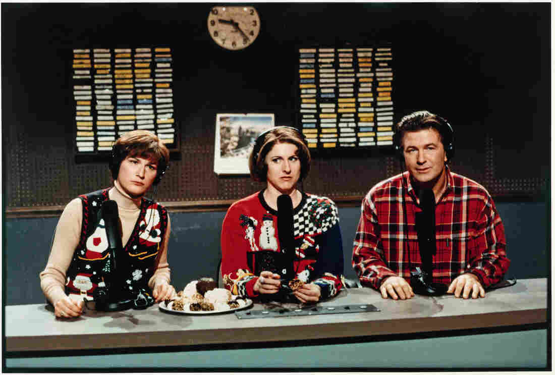 "Pete Schweddy (Alec Baldwin) makes a guest appearance on the ""Delicious Dish"" public radio show with hosts Margaret Jo McCullin and Terry Rialto (Ana Gasteyer and Molly Shannon) in 1998."