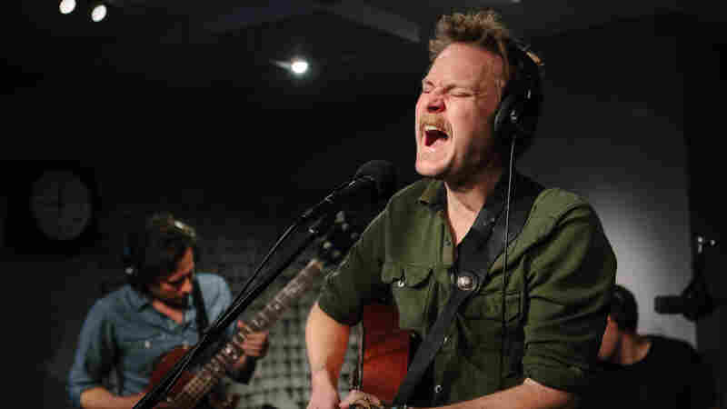 Hiss Golden Messenger, 'Blue Country Mystic' (Live)