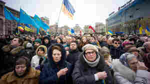 On Sunday, thousands of people gathered in Maidan to mark the first anniversary of anti-government demonstrations that left scores of protesters dead.