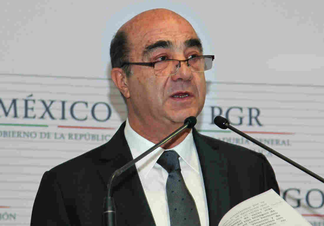 Mexico's Attorney General Jesus Murillo Karam is leaving his post to take a new Cabinet-level job as head of urban and rural development.