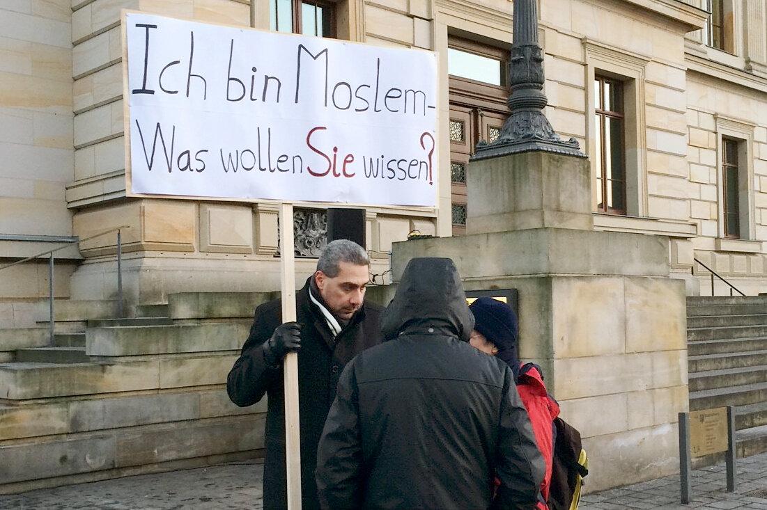 """Немецкий мусульманин расспрашивает соотечественников: """"Что вы хотите знать?"""" (Часть 2)"""
