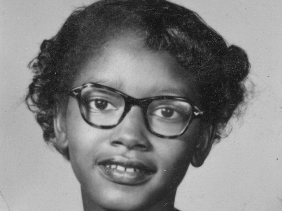 Black history book girl riding bus — pic 15