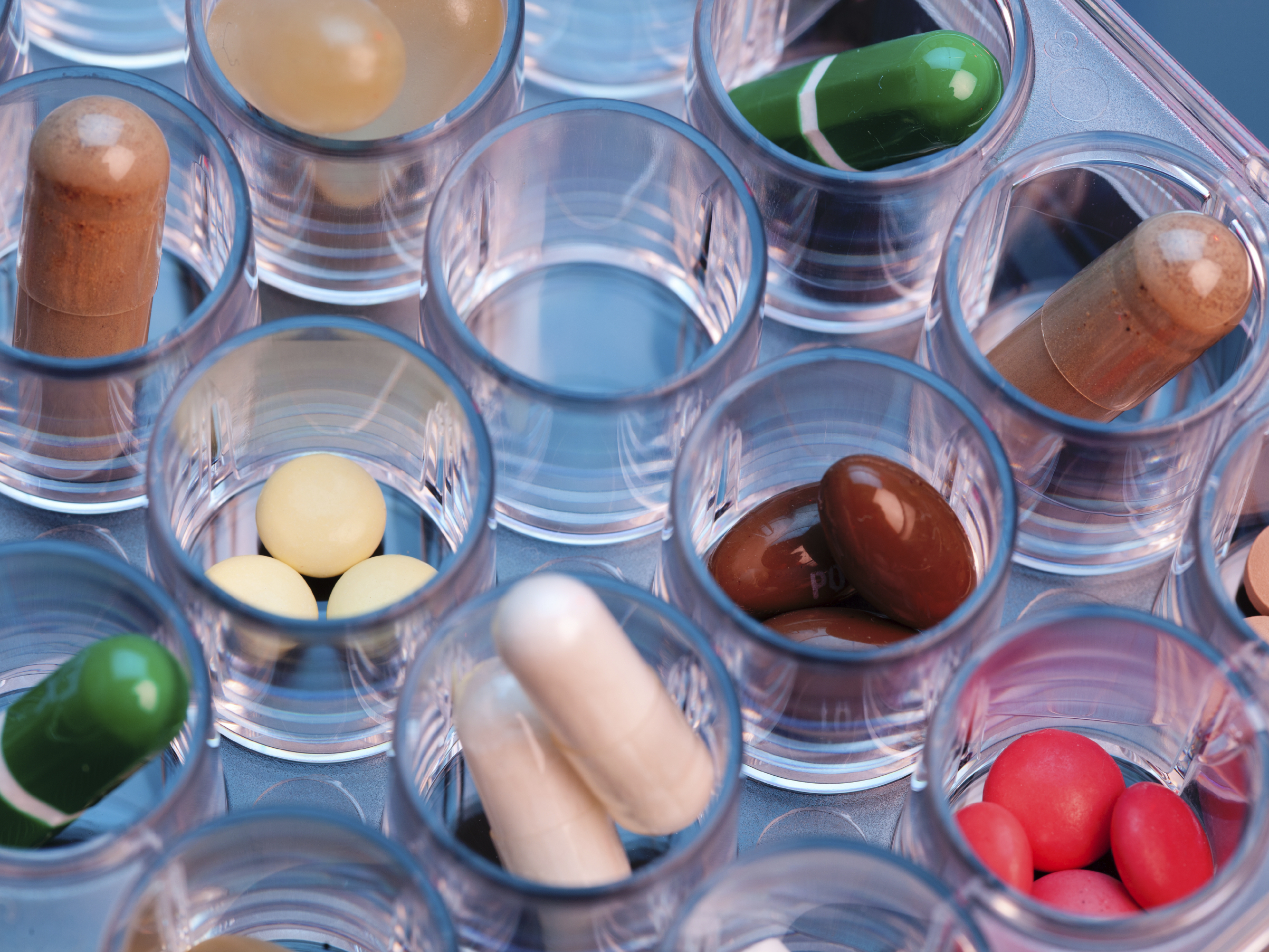 GAO Report Urges Fewer Antipsychotic Drugs For Dementia Patients