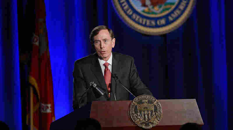 Former CIA Director and retired four-star Gen. David Petraeus speaks at the University of Southern California on March 26, 2013, his first public speech after resigning as CIA director.