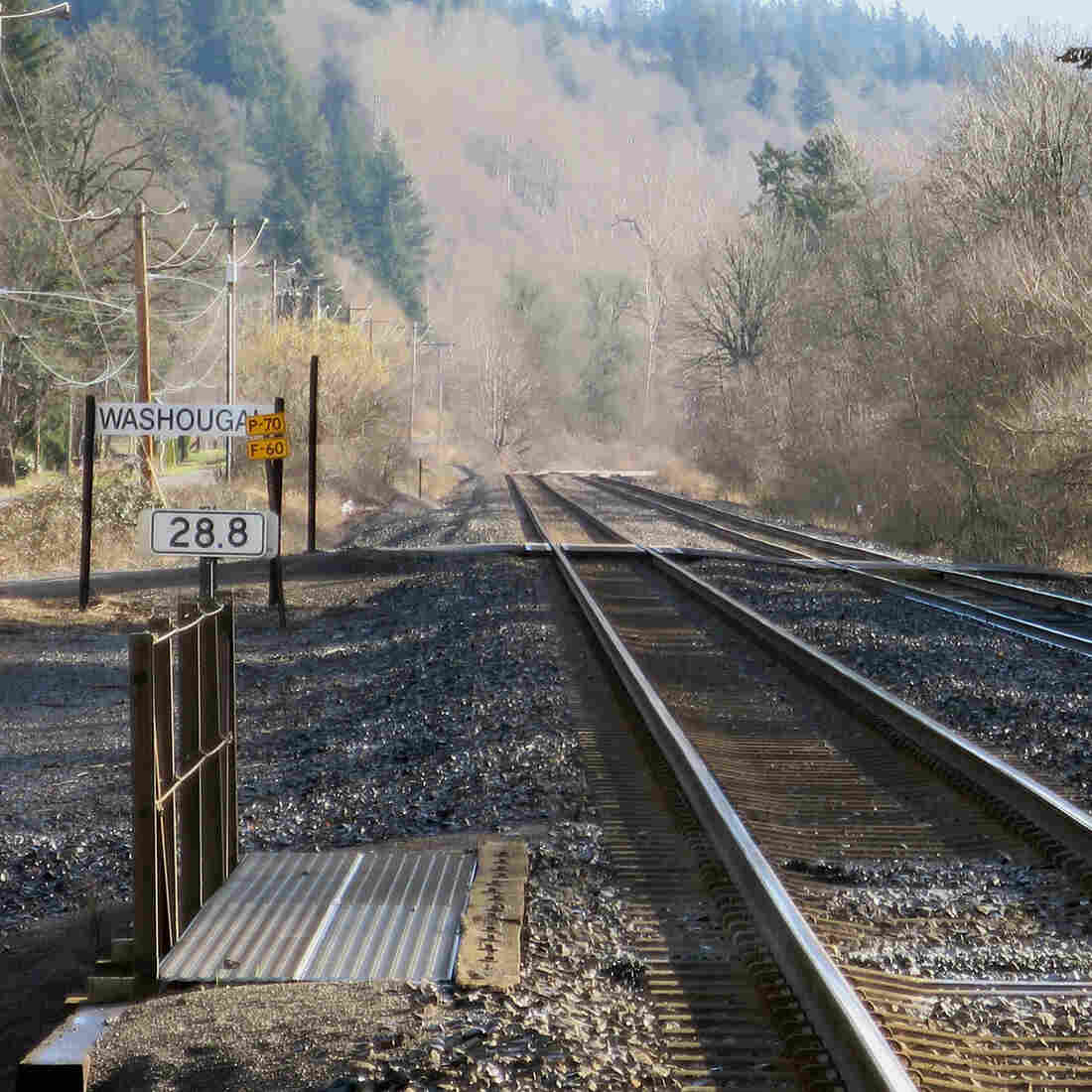 Northwest Oil Terminal Plan Would Mean Jobs — And More Oil Trains