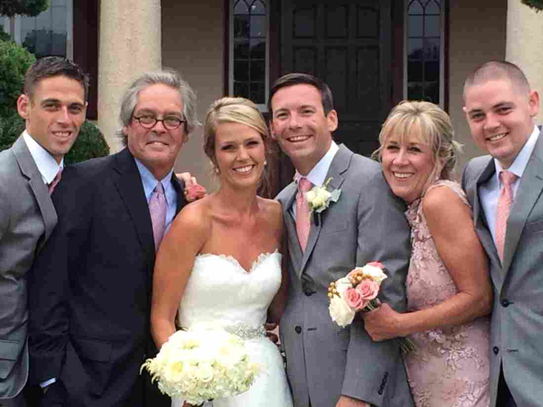 Greg and Mary Catherine O'Brien with their kids, at daughter Colleen's marriage to Matt Everett last August. Greg has early-onset Alzheimer's. From left, Brendan O'Brien, Greg O'Brien, Colleen O'Brien, Matt Everett, Mary Catherine O'Brien, and Conor O'Brien.