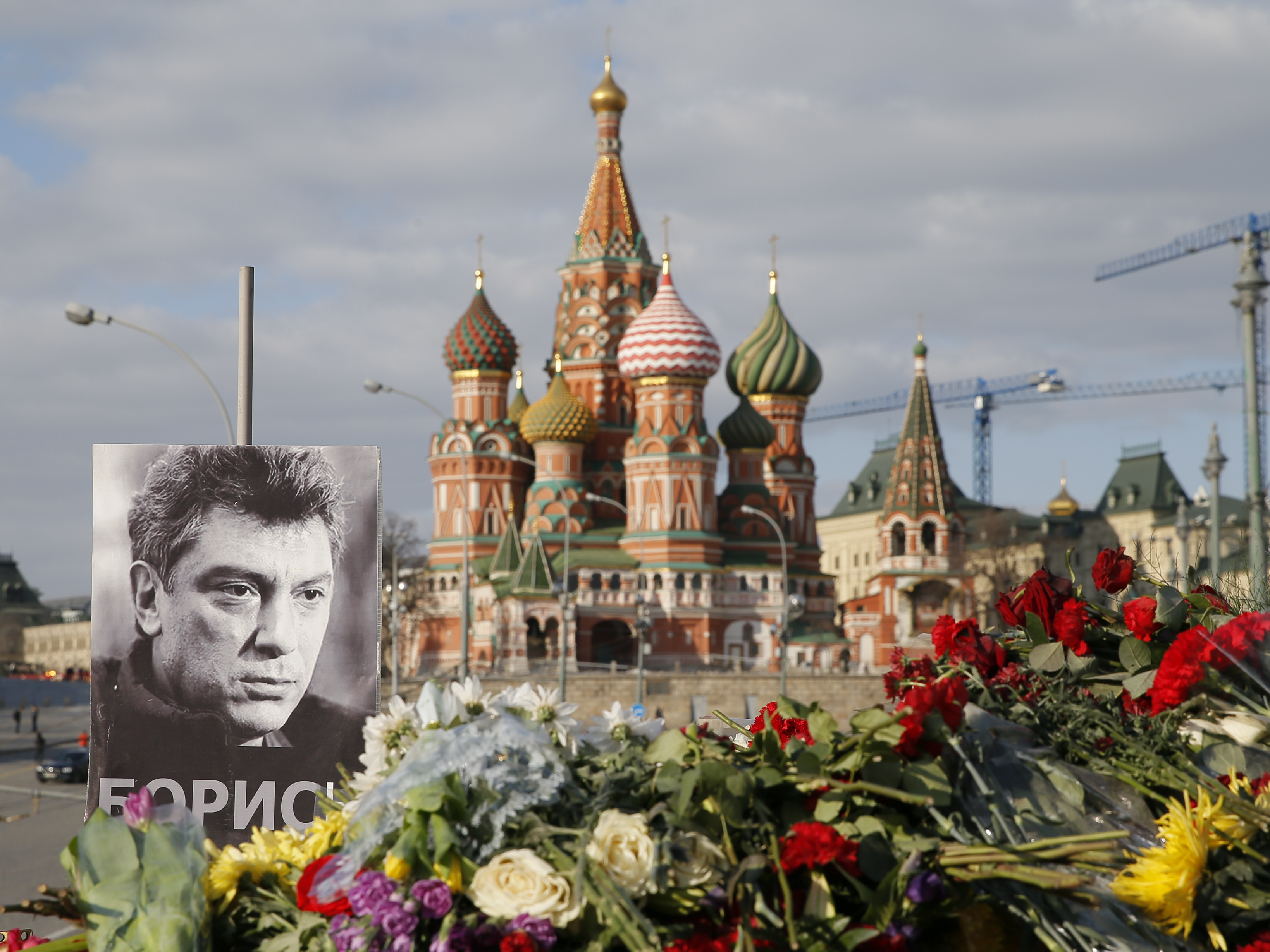 Russia Arrests 2 In Connection With Nemtsov Murder