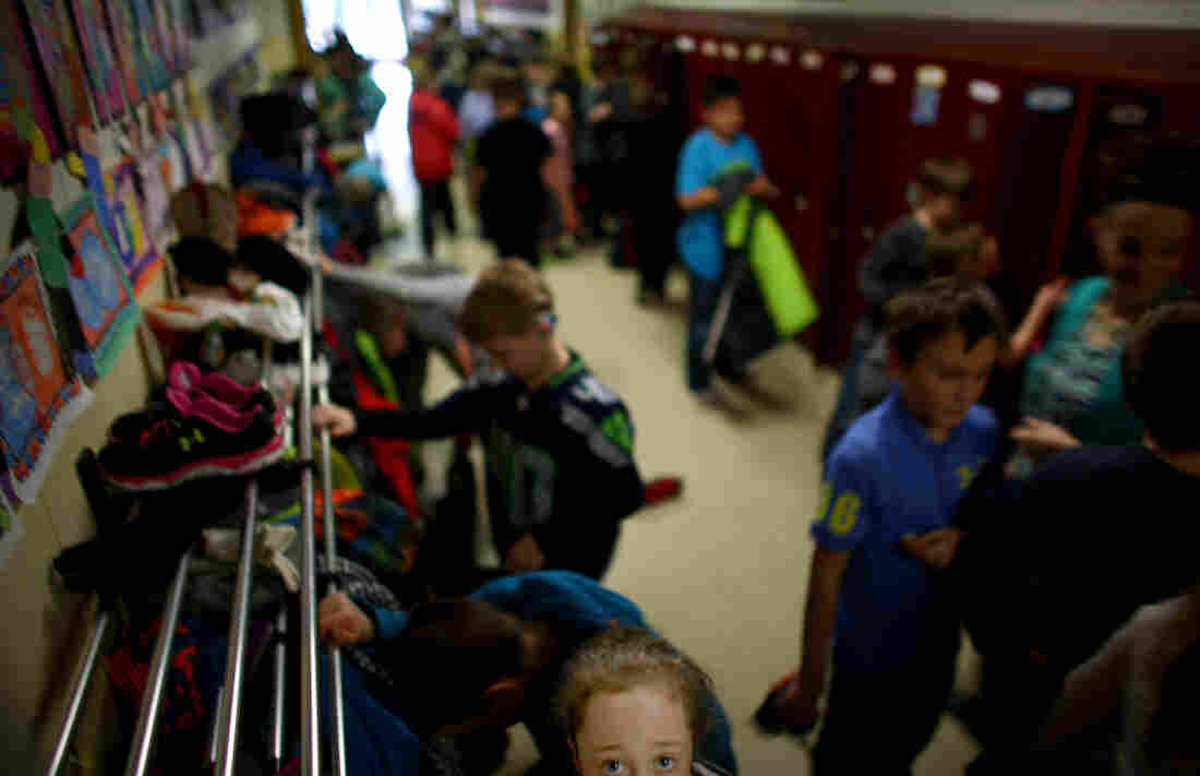 West Side Elementary School in Sidney, Mont., where the current enrollment in grades first through third is around 300. The school has added almost 70 new students since the start of the year, and enrollment has started to stabilize.