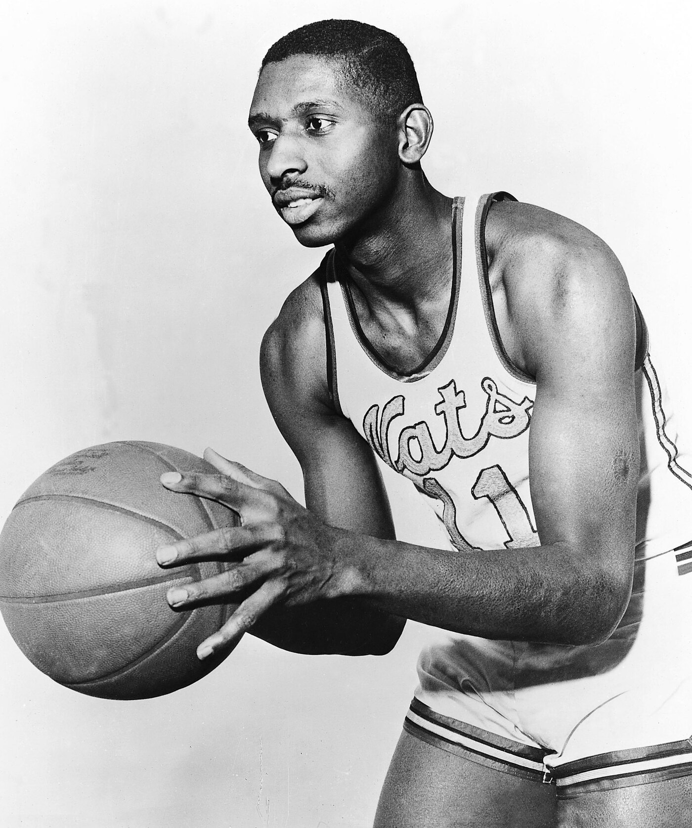 Earl Lloyd Was Basketball s Jackie Robinson Why Isn t He Famous