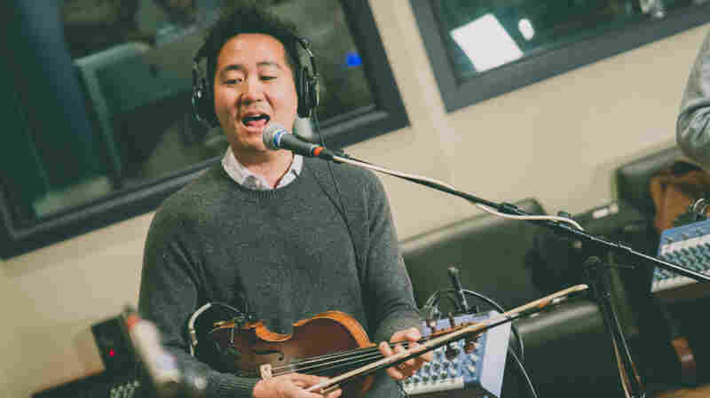 Kishi Bashi, 'Philosophize In It! Chemicalize With It!' (Live)