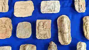 U.S. Returns Dozens Of Looted Artifacts To Iraq