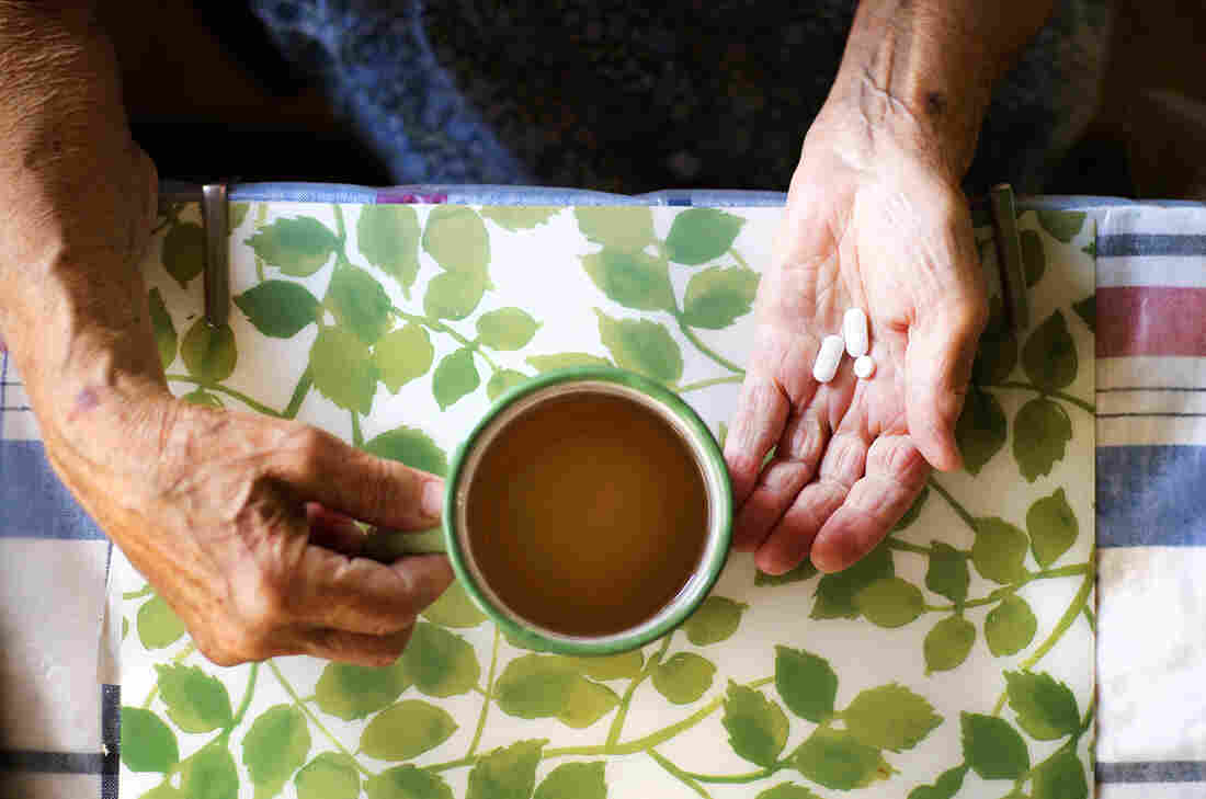 Is the benefit from antipsychotic drugs for people with dementia symptoms worth the risk?