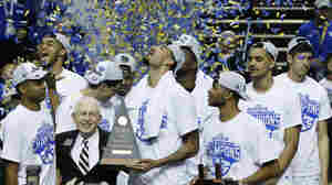 Obama Picks Kentucky To Win NCAA Tournament, Mixes In Politics