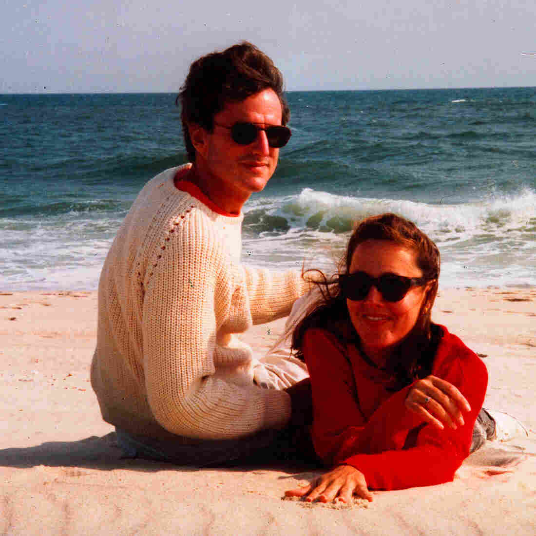 Laury Sacks and her husband, Eric. The actress and writer developed frontotemporal dementia in her late 40s and died in 2008 at age 52.