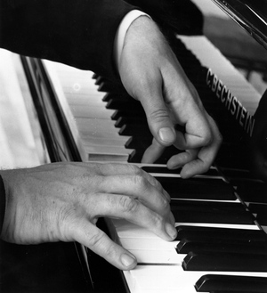 Sviatoslav Richter's hands, photographed in 1961.