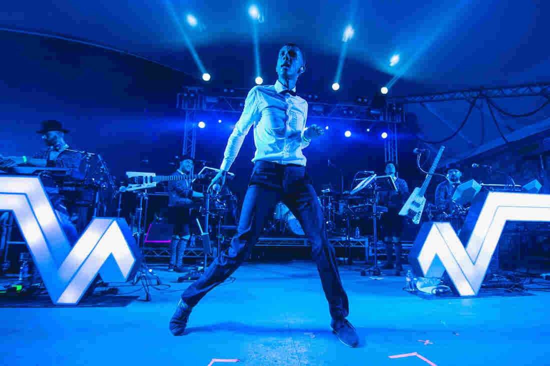 Stromae worked up a sweat at Stubb's.