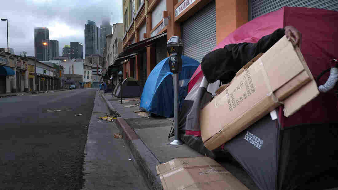 Skid row is home to hundreds of homeless people who pitch tents at night for shelter. But it is also home to a Midnight Mission running club, helping residents with homelessness and addiction.