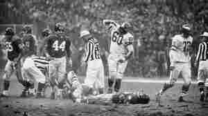Chuck Bednarik, Philly's 'Concrete' Player, Dies At 89