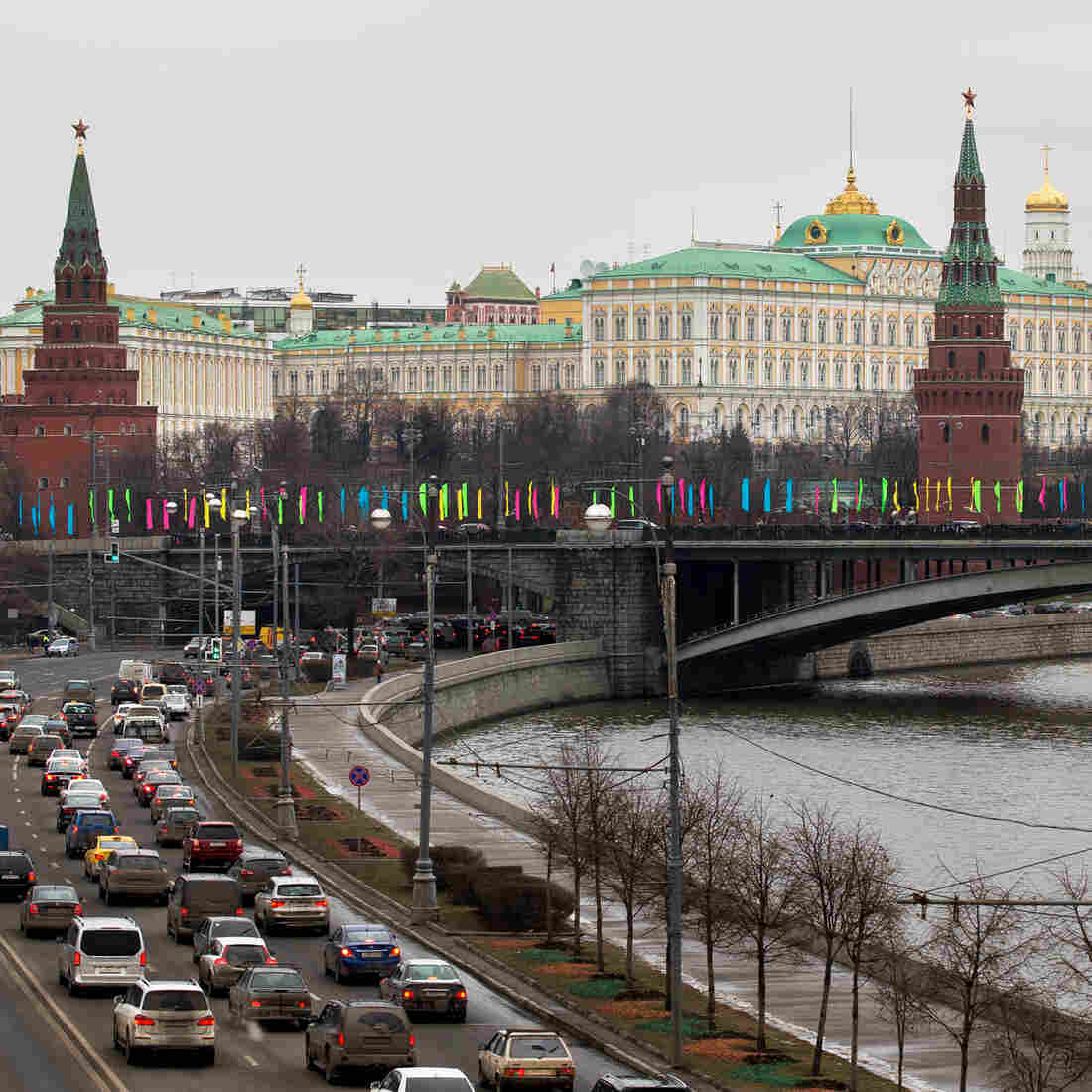 Foreign Carmakers Shift Into Reverse In Russia