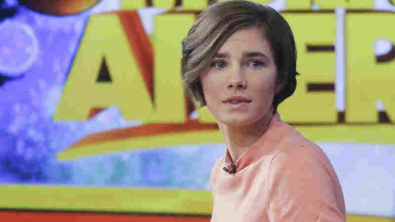 Amanda Knox prepares to leave the set following a television interview on Jan. 31, 2014.