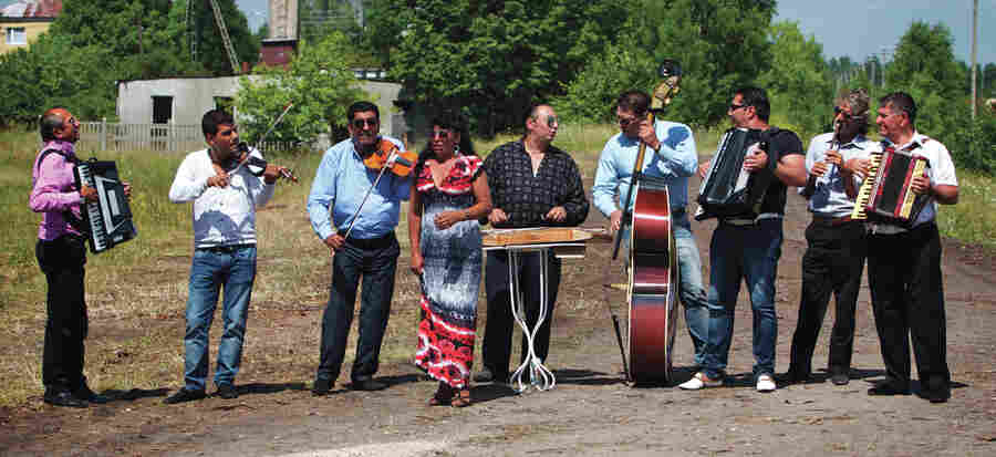 The Romanian band Taraf de Haïdouks returns, rebooted, to celebrate its 25th anniversary.