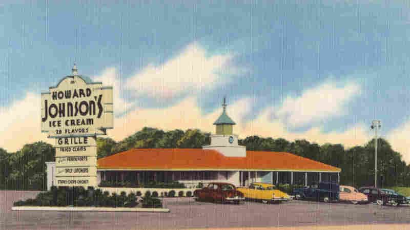 A vintage postcard (circa 1930-1945) shows the HoJo's on U.S. Alternate Route I, in Fredericksburg, Va.